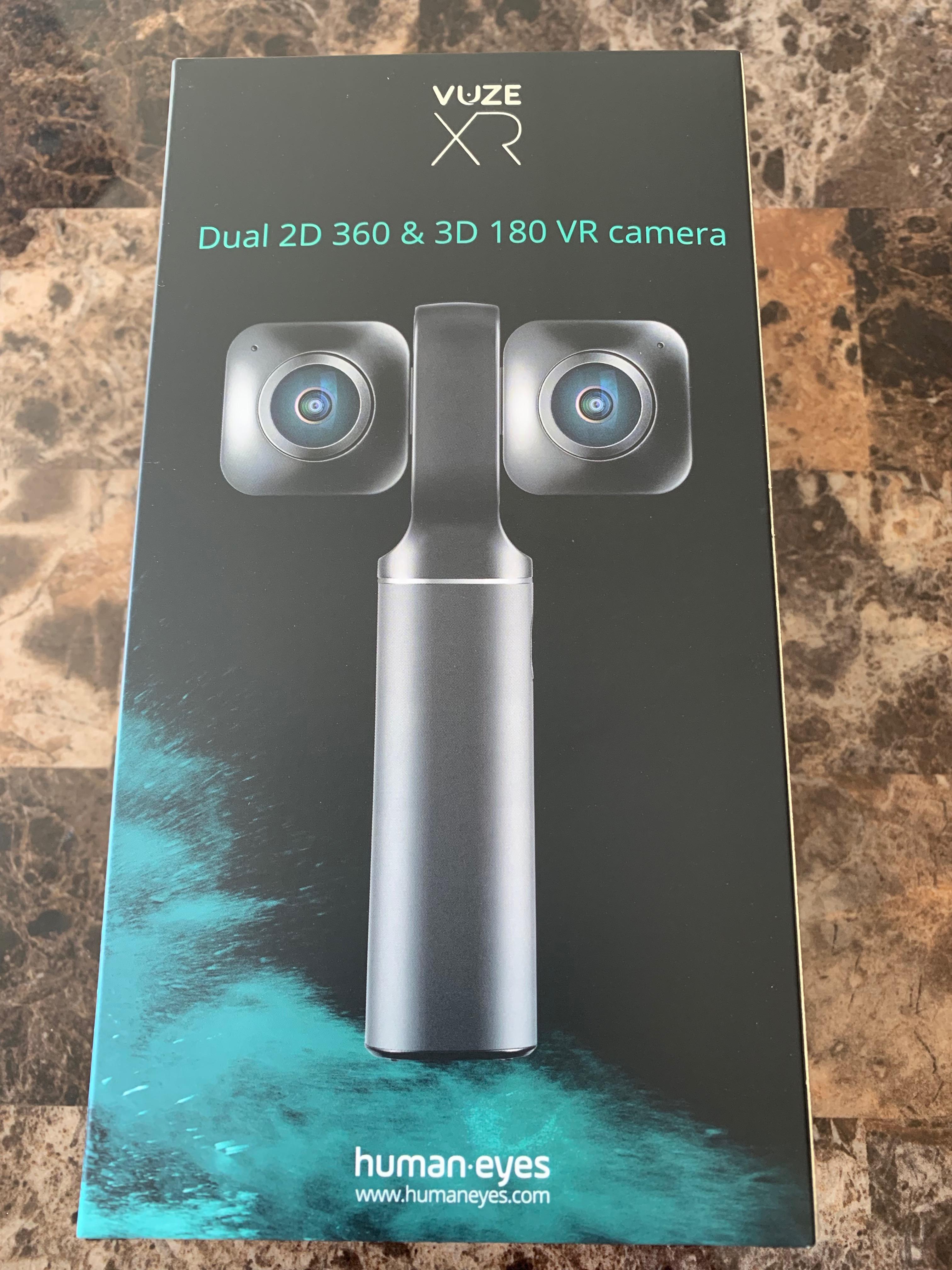 Unboxing a Vuze XR Camera